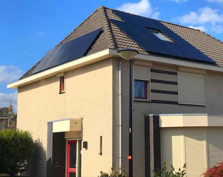Particulieren woning met meerdere zonnepanelen